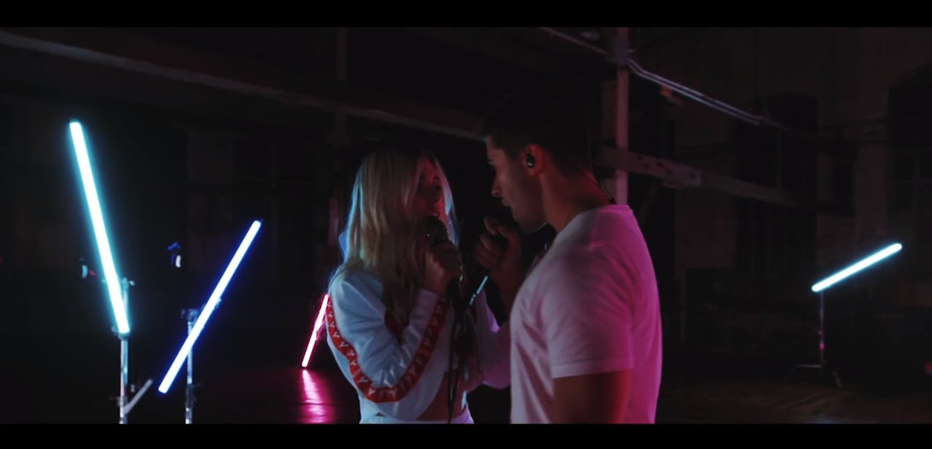 lara Mae & Jake Miller - Better Me Better You [Live Acoustic]
