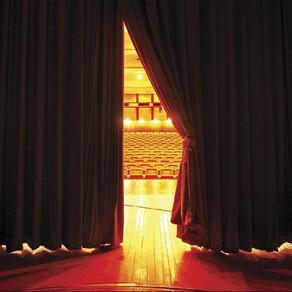 Devlet Tiyatroları Perdelerini Yeniden Açıyor