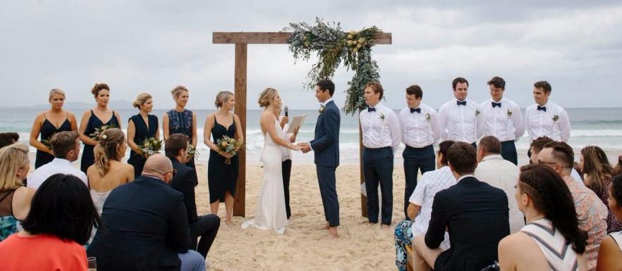 Ceremony-arrangment-Maddie-Scott-wedding