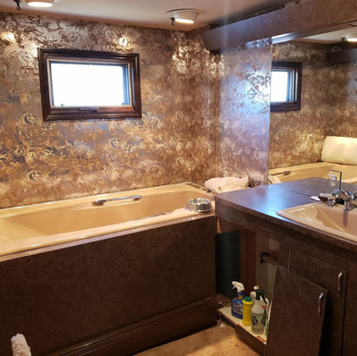 Bathroom_Before1.jpg