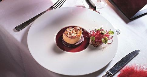 foie-gras-au-vin-chaud-et-a-la-betterave