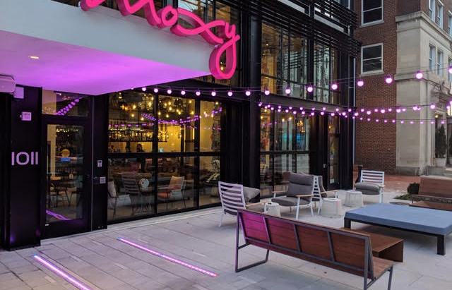 Moxy Hotel, Featuring Renlita S-3000, Wins Award