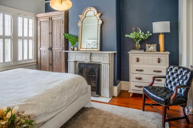 eclectic-master-bedroom.jpg