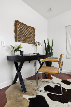 lacquered-office-desk-italian-vintage-chair.jpg