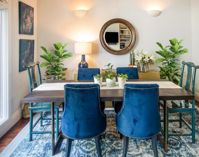 Blue-velvet-diningroom.jpg