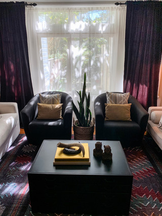 Jackson-living-room-with-club-chairs.jpg