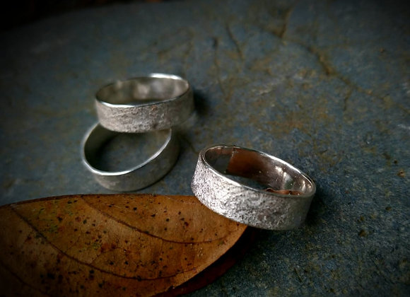 Gritty textured rings