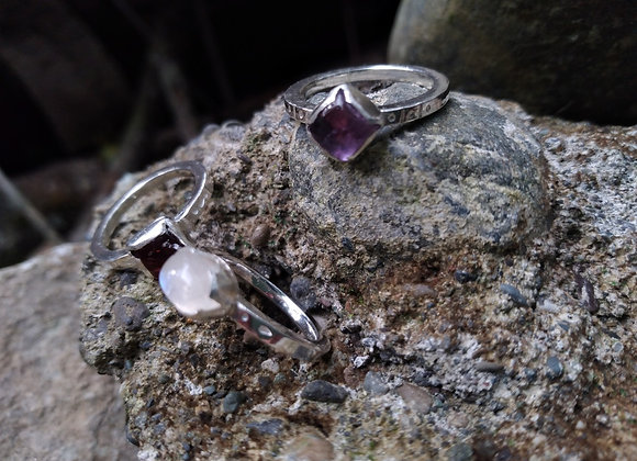 Rings with natural stones and square wire.