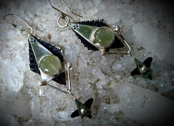 Silver earrings with Peridot stone
