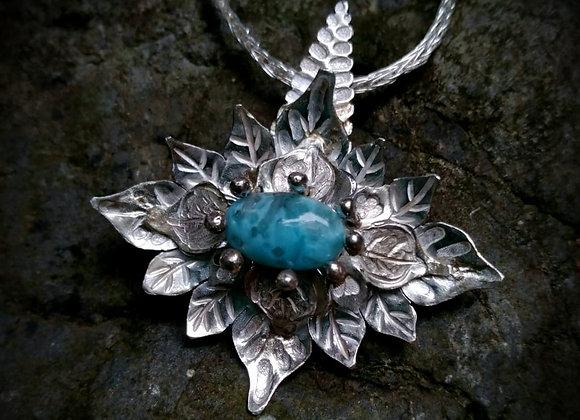 Flower pendant with Larimar stone