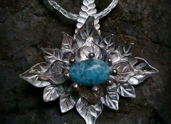 Flower pendant with Larimar stone