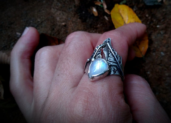 Sterling silver ring with Moonstone and leaves