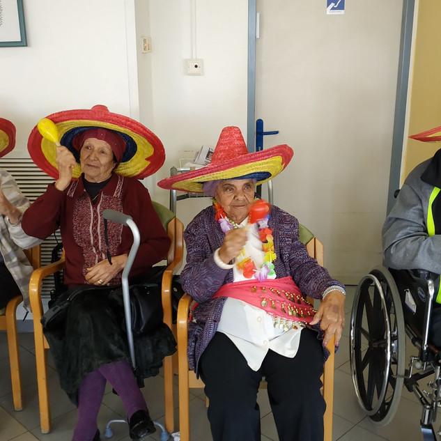 עמותת דורות מרכז יום לקשיש (219).jpg
