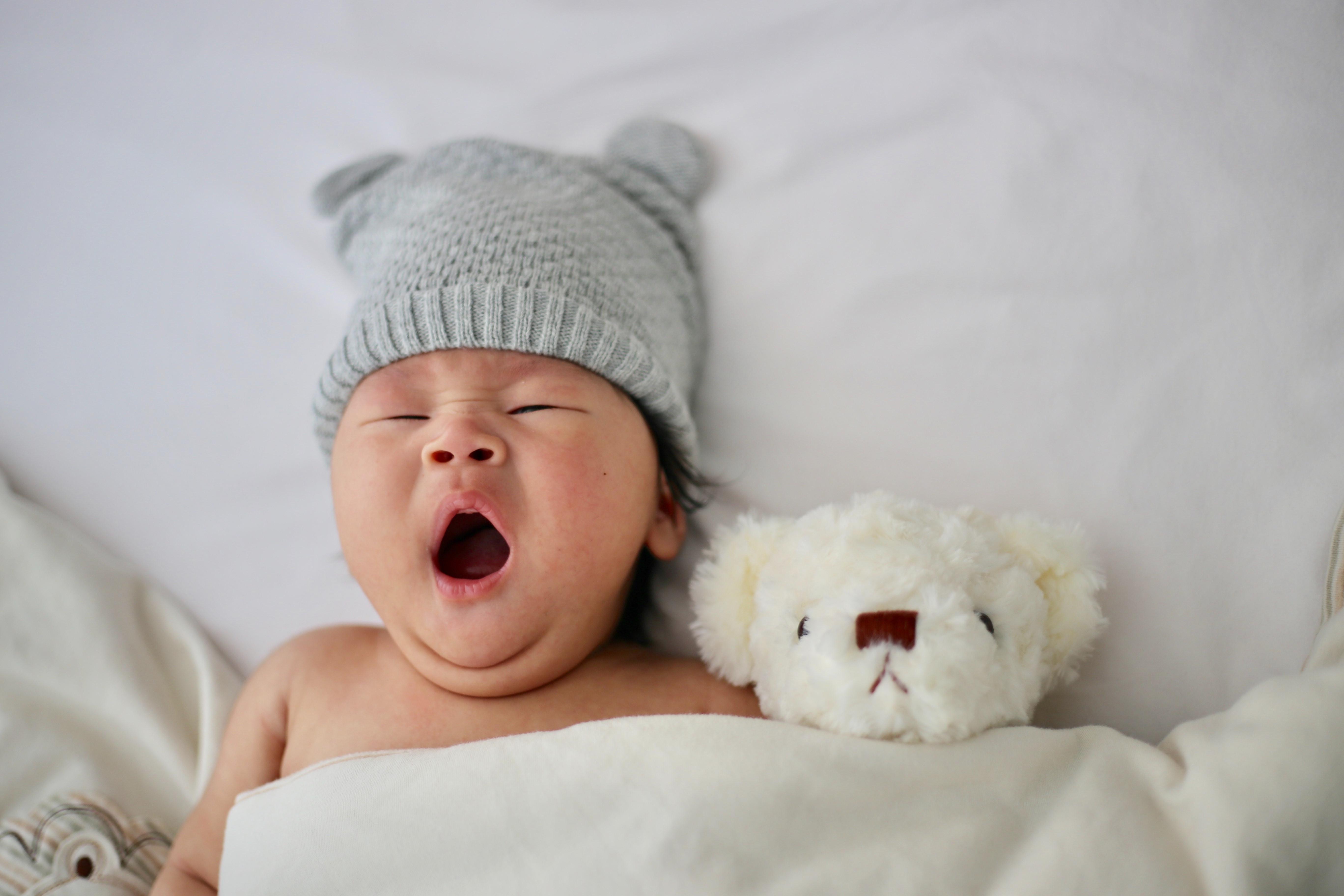 Small group baby massage class (PIMI)