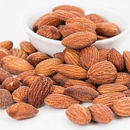almonds-1768792_960_720.jpg
