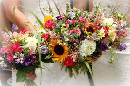 CGF Country style wedding bouquets