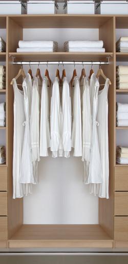1000 single hanging robe