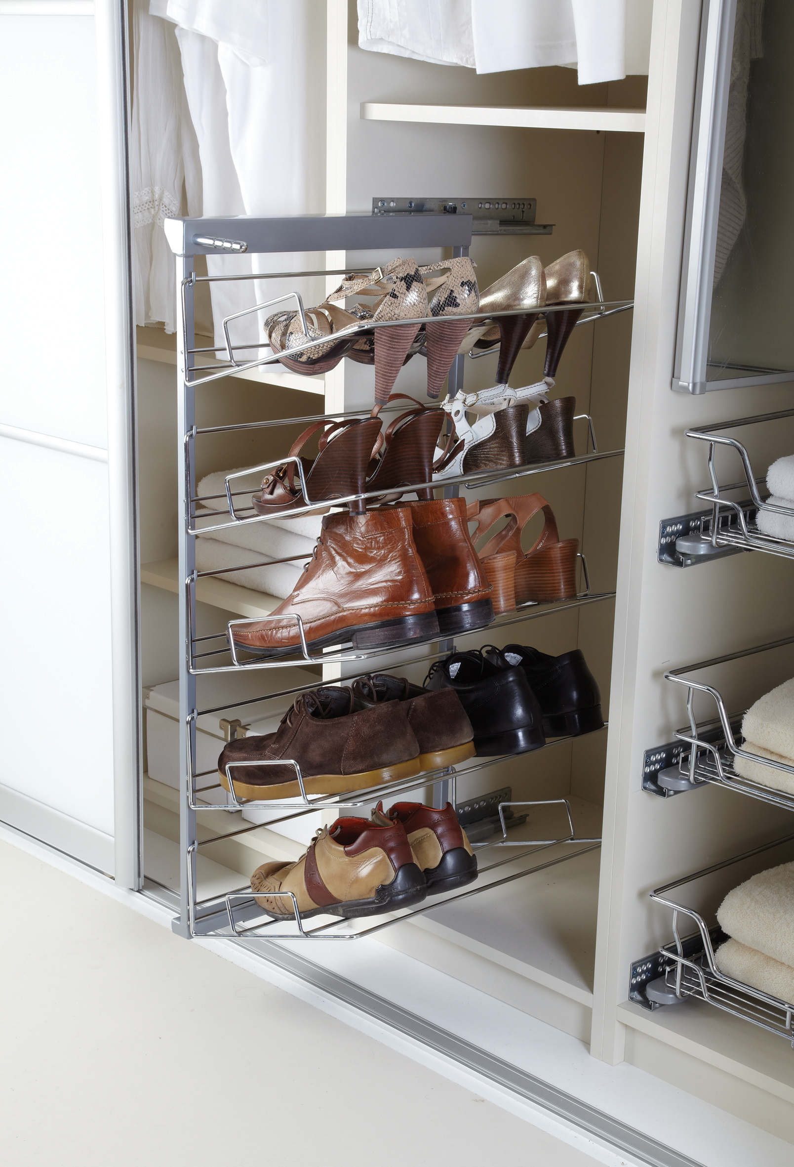 5-tier pull-out shoe rack