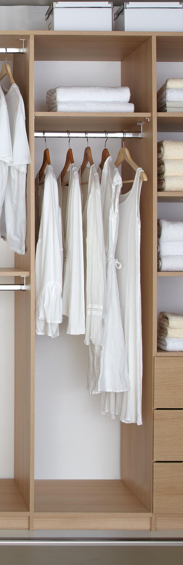 Single hanging robe