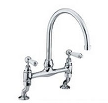 Kitchen Tap replacment, supplied and fitted by local Plumbing engineers at PlumbLife in Erith. Affordable Plumbing