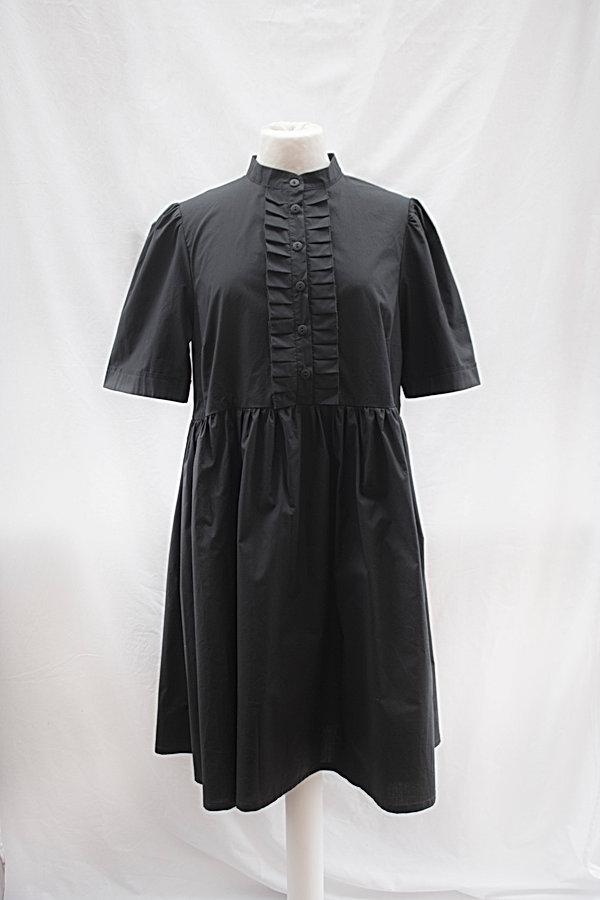 Dress_black_3.jpg