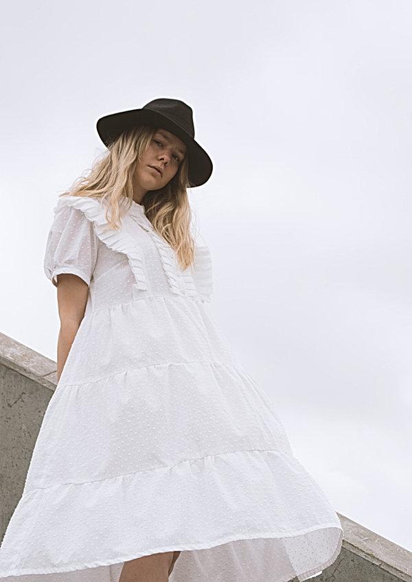 White dress_5.jpg