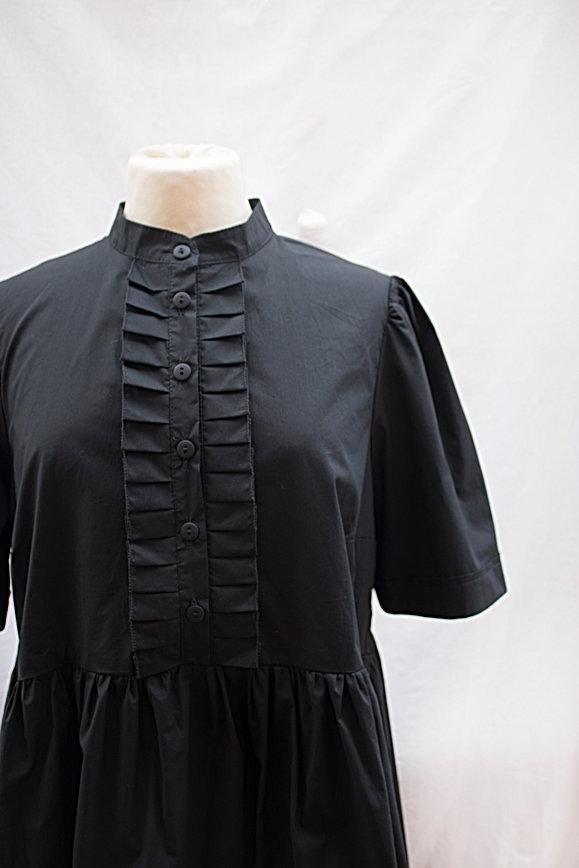 Dress_black_1.jpg