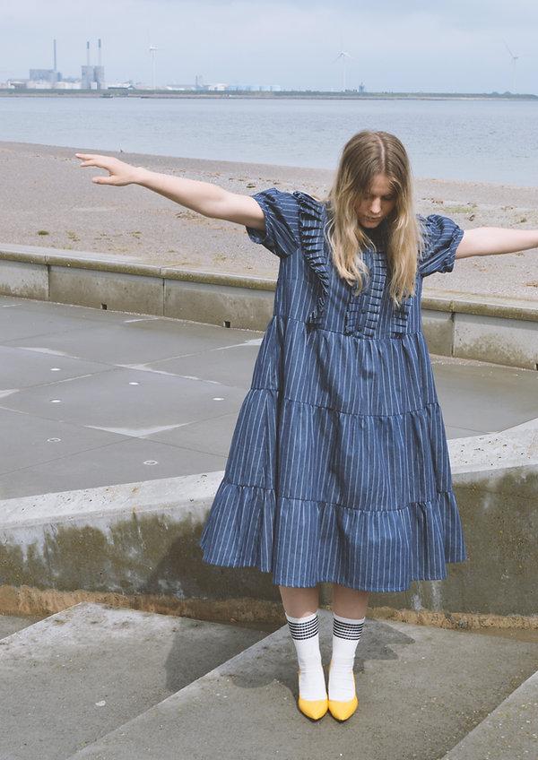 Blue dress_3.jpg