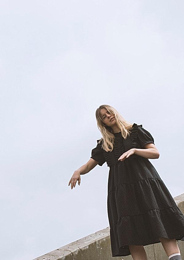 Black dress_2.jpg