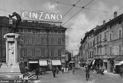Piazza Corridoni anni '60