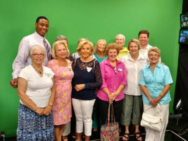 A social meeting for Ch  G this week included our BILs,  and several guests,  one of whom was our state pres,  Nancy Sites.
