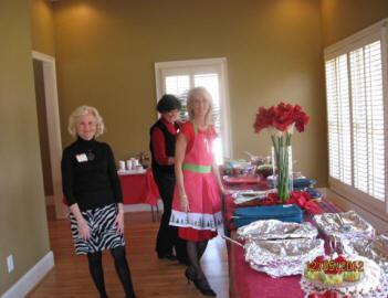 Gail Saia, Joanne Schrantz, and Virginia Hayes  (Food Committee)