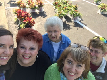 Helping with this project are Betsy Cagle, Su Ofe, Bette Bryan, PSP, Elizabeth Harber, and Debra Laughlin.