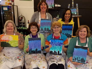 Enjoying the art class are (from the left in front) Mary Donald, Susan Hargrave, Fiona Capel, Janice Samford and (in back) Jenny Minor and Rosalind Gaines.