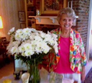 On Saturday, July 13, 2013, Chapter K honored its 50-year member, Helen Rittenour,  with a very special service based on the five virtues of P.E.O.,  Faith, Love, Purity, Justice, and Truth.