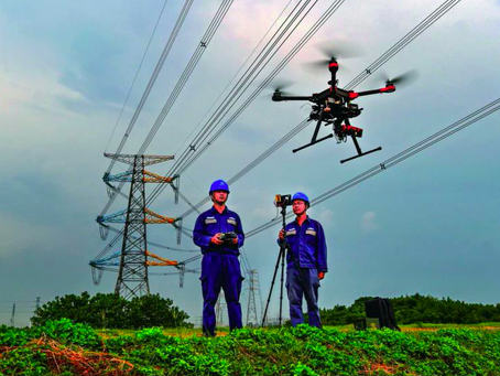 Drone DJI M300 RTK dan DJI M600 untuk Efisiensi Inspeksi Powerlines