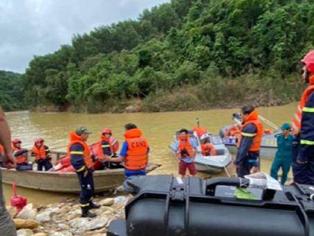 Drone DJI Melakukan Survey, Mapping Area Dan Melakukan Penyelamatan Saat Banjir & Tanah Longsor