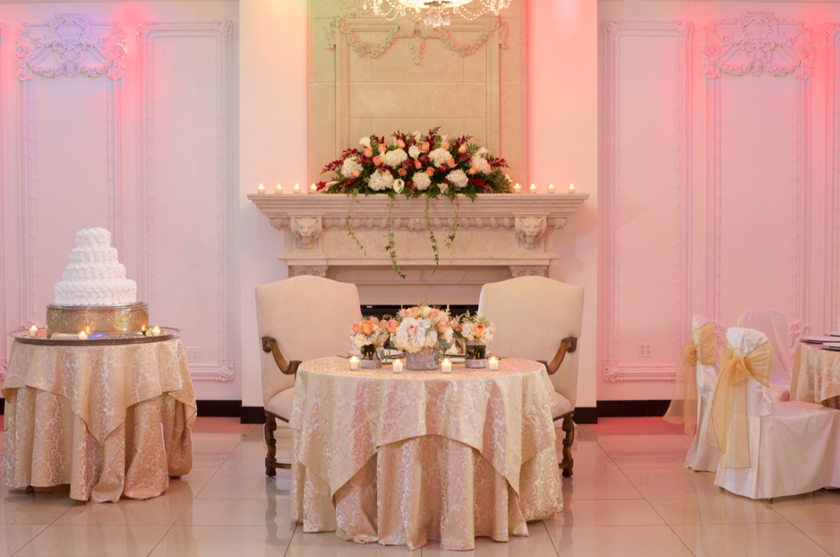 A Styled Shoot at the Newly Redesigned Villa Lombardi's