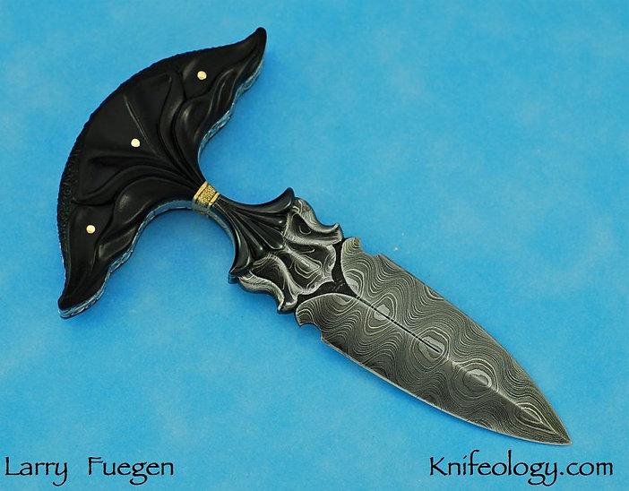 Larry Fuegen Ebony Push Dagger 2.jpg