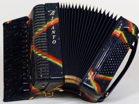 Jubi IV-Magic-Cassotto für 6980.- _ kompakt und mobil für Folk und Jazz