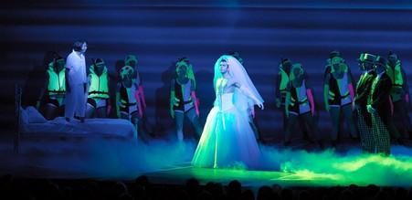Sky in MAMMA MIA! Original Produktion im Operettenhaus Hamburg