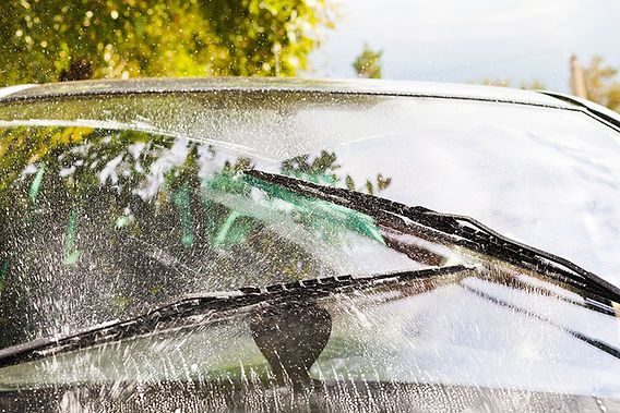 Car Hacks For Road Trips Windshield WipeRS, car hacks for road trips, road trip tips, car tips, keep car clean, clean car tips