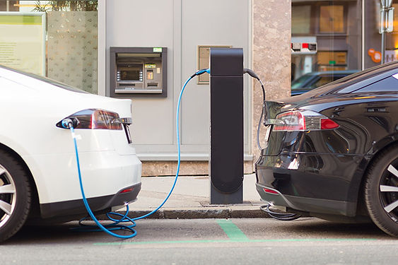 electric vehicles plugged in, buying an electric car, how electric cars work, how do hybrid electric cars work, how do plug in hybrid electric cars work, how do fuel cell electric cars work, how to choose an electric car, is an electric car right for me