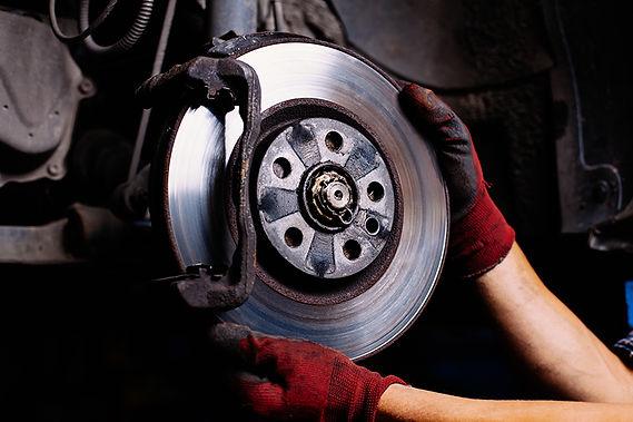 car brakes,  basic car parts you should know, basic car components, most important car parts, essential car parts, main car parts