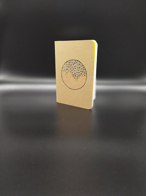 Lucette Graphitextilerie - Petit carnet avec couverture brodée