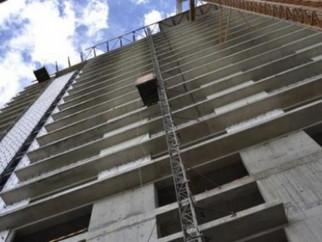 უბედური შემთხვევა თბილისში - მშენებარე ობიექტიდან 21 წლის მუშა გადმოვარდა.