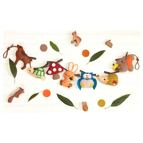Storybook Friends Parade | Personalization-free Garland