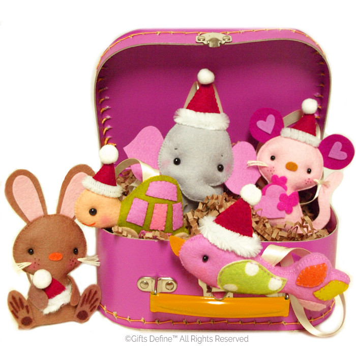 Santa Fun Animals Gift Set in a Retro Cardboard Suitcase
