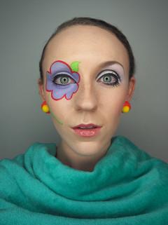 Twiggy Vogue cover makeup recreation