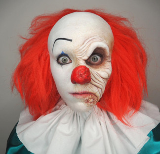 Battery acid 1990 Pennywise recreation, original by Bart Mixon